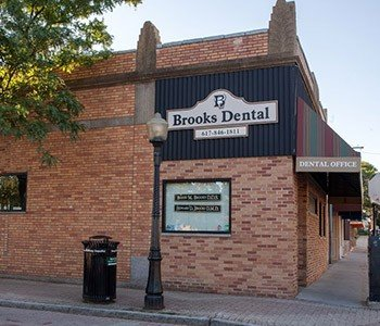 Outside view of Brooks Dental P.C.