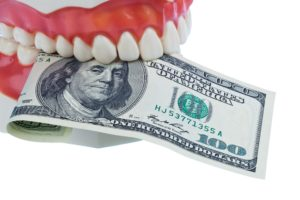 money and model teeth